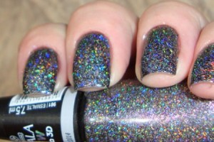 560160-Esmaltes-com-glitter-marcas.1