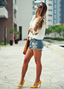 shorts-jeans-e-salto-alto