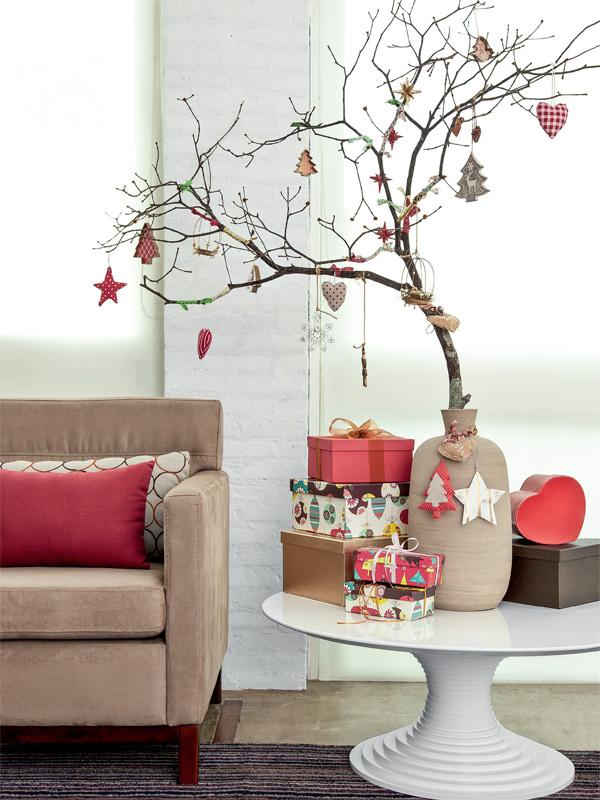 03-decoracao-de-natal-arvores-galhos-castical